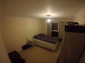 Double bedroom furnished in a shared property