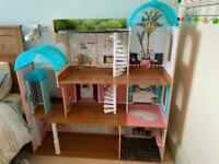 KidKraft 65986 Camila Wooden Dolls House with Funiture and Dollhouse , Suitable for 12 Inch Dolls