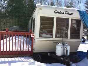 32' Golden Falcon Trailer
