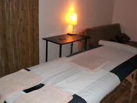 MALE MASSEUR - SWEDISH WITH DEEP TISSUE / SPORTS MASSAGE