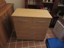 5 drawer chest of drawers. Just over a year old and hardly any use.