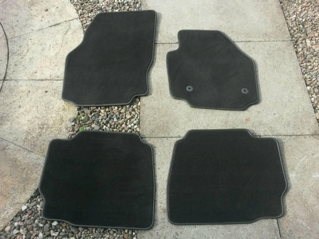 Mondeo Mk 4.5 Premium car mats. SOLD PENDING COLLECTION.