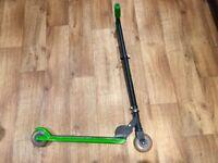 Razor Scooter (Black/Green)