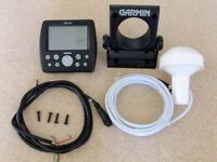 Garmin GPS152 (faulty screen) plus data/power cable and mushroom antenna for spares or repair