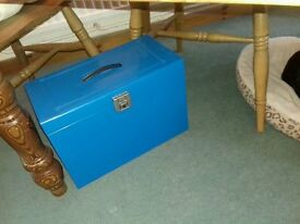 Staples storage carry file