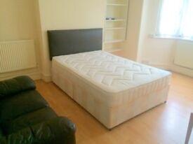 3 Bedroom Ground Floor Flat in Tooting (Wandsworth Borough)