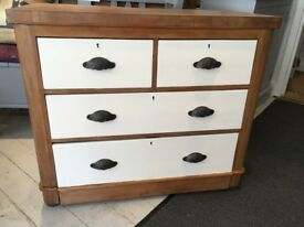 Chest of drawers 2 over 2