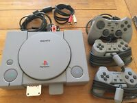 Playstation PS1 3 controllers, Grand Theft Auto 1 and 2 plus Gran Turismo
