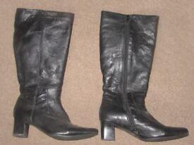 Ladies Black leather boots. Size UK6