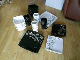 31 piece dining set black and white floral