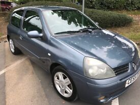 Renault Clio 1.2 Extreme (Ideal First Time car)