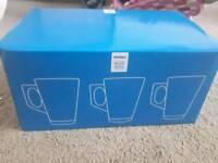 1 box of unused and unopened latte mugs