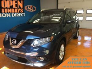 2015 Nissan Rogue SV! PANO ROOF / BACK-UP CAM!