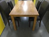 Solid wooden table +4 chairs •free delivery