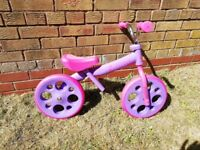 Girls balance bike in great condition