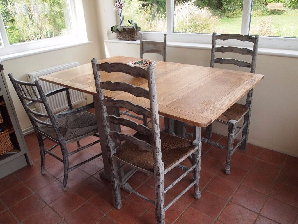 Vintage dining table and chairs in annie sloan paris grey
