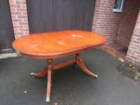Highly Polished Yew Wood Dining Table - and Four Matching Seats