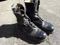 Army boots size 8 great condition