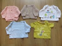 Bundle of girls' baby clothes up to a month (9 lb)