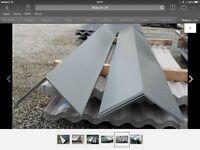 Sheet metal roof ridge