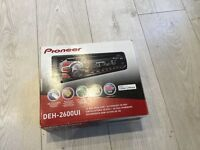 Car radio / CD player compatible with USB and smart phones