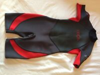 Wetsuit shortie Xcel red and black size age 14