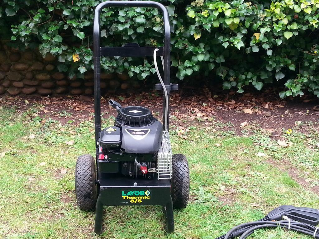 Petrol Pressure Washer Lavor Thermic 3S works from static water ideal moto-X