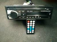 Car stereo with a remote £20 L@@K