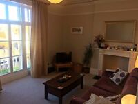Double Room in Two-Bed First Floor Flat off Whiteladies Road - Living with 29 y.o Female
