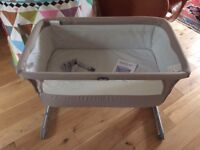 Chicco Next to Me Crib, grey, in excellent condition with instructions, straps and storage bag