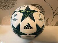 *RARE* Champions League Football HAND signed by Manchester City squad 16/17 100% Authentic