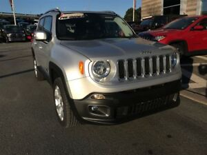 2017 Jeep Renegade LIMITED/4X4/JUST LIKE NEW!