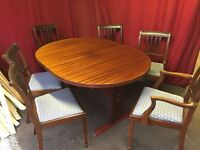 DARK WOOD EXTENDABLE DINING TABLE WITH 6 CHAIRS,CAN DELIVER