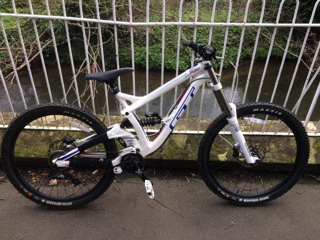 294ae729545 GT fury Elite downhill bike | in Newcastle, Tyne and Wear | Gumtree