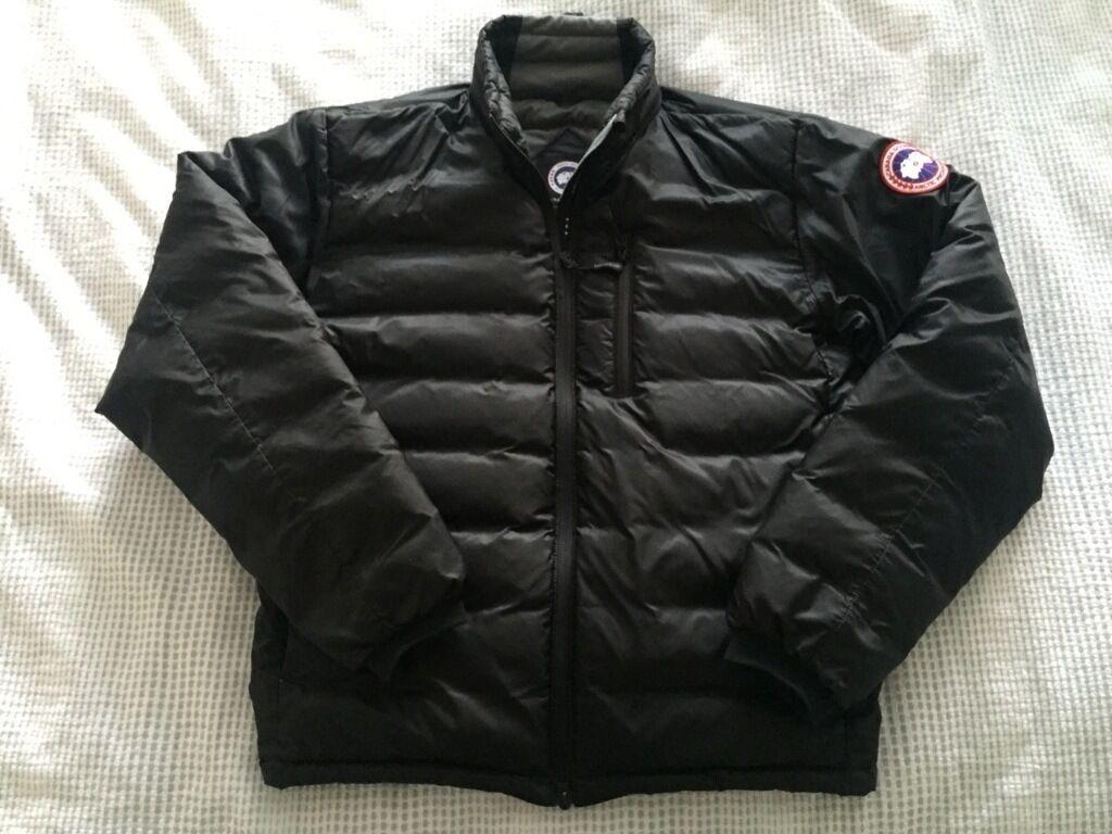 Mens black Canada Goose Lodge Jacket - size Medium