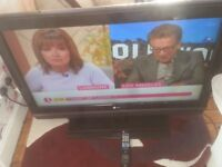 """for sale 42"""" hd lcd widescreen tv with freeview and remote £45"""