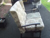 Vintage mahagony small two seater settee