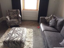 3 seater, 2 chairs and large footstool suite