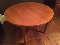 Vintage Danish expandable table