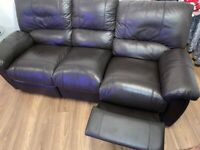 3 seater recliner sofa & 2 recliner chairs