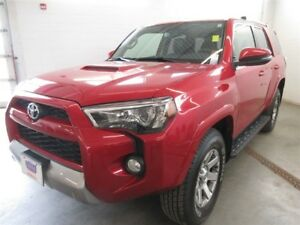 2014 Toyota 4Runner Trail Premium- 4x4! ALLOYS! LEATHER! NAV!
