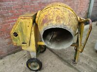 Winget Electric 240V Cement Mixer