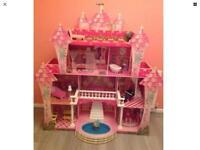 KIDCRAFT GIRLS LARGE CASTLE DOLLS HOUSE