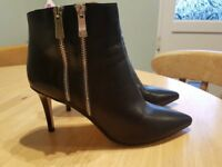 High Dune ankle boots