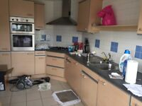 Kitchen units and appliance