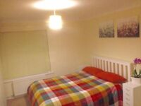 Large DOUBLE ROOM with MAIN ENTRANCE garden -Private- no extra fees- Furnished