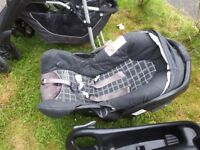 Graco pram stroller with car seat and quick fix car cradle
