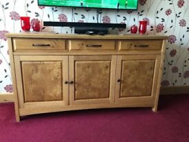 Bentley Designs Quality Solid Oak Sideboard