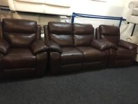 New/Ex Display LazyBoy Warren Leather Recliner 2 + 1 + 1 Seater Sofas