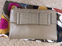 Golunski bifold ladies purse